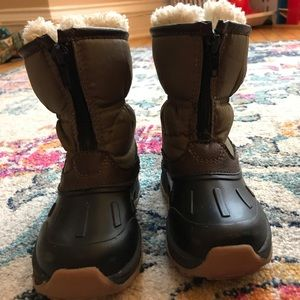 Carter's Toddler Boy Lined Winter Boots Size 6